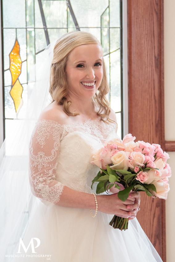 romantic-pink-wedding-brookside-country-club-portraits-muschlitz-photography-columbus-ohio