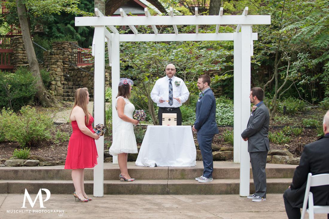 summer-marvel-comic-book-wedding-ceremony-bride-groom-wedding-party-portraits-photos-muschlitz-photography-landolls-mohican-castle