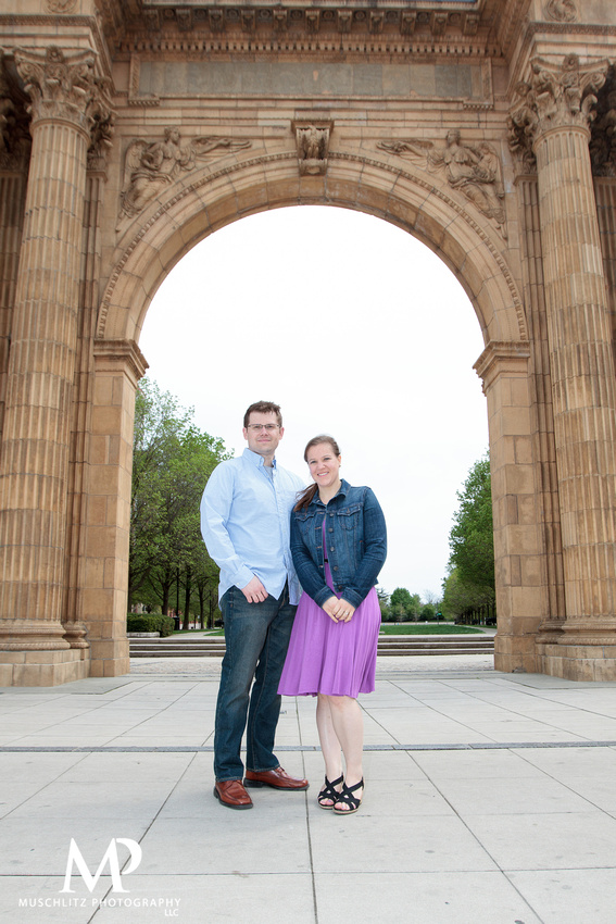 downtown-arena-district-engagement-session-columbus-ohio-muschlitz-photography-portraits