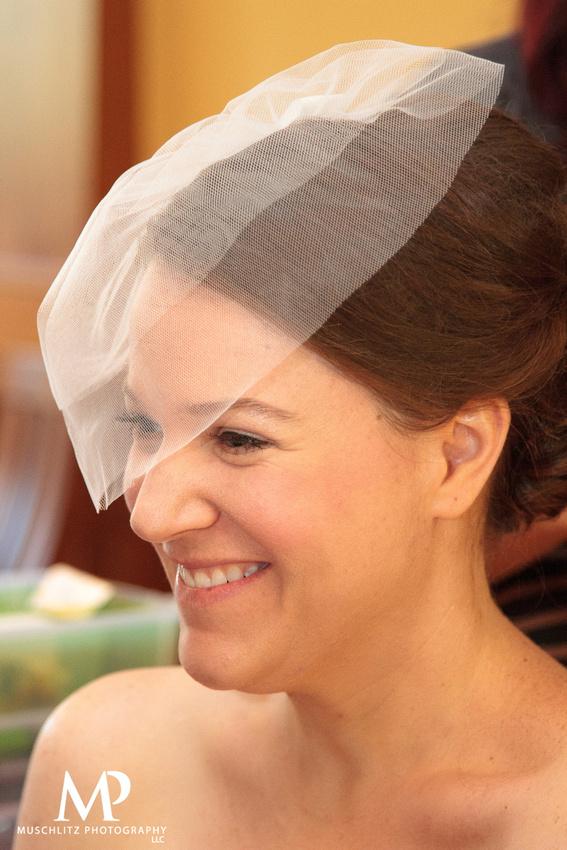 classic-purple-wedding-summer-muschlitz-photography-wedding-prep