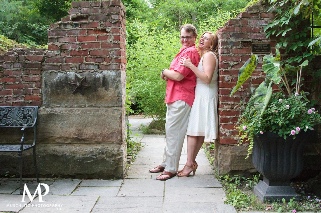 summer-engagement-session-inniswood-metro-gardens-westerville-ohio-muschlitz-photography