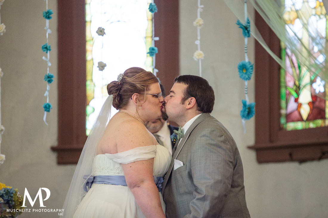 olde-gahanna-sanctuary-wedding-ceremony-portraits-and-reception-gahanna-ohio-muschlitz-photography