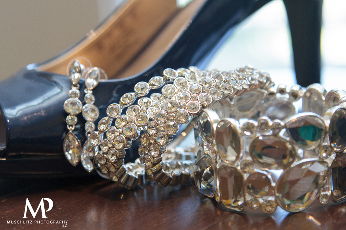 the-lakes-golf-country-club-westerville-ohio-wedding-getting-ready-photos-muschlitz-photography