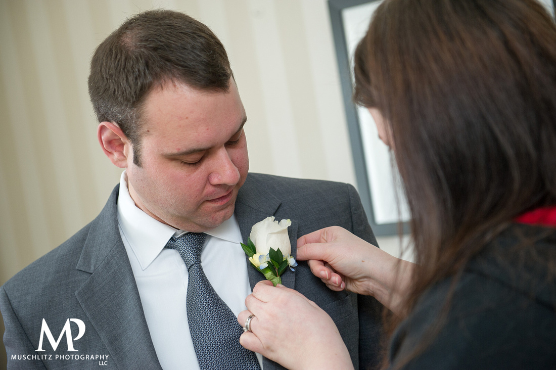 wedding-photography-romantic-spring-wedding-the-hilton-columbus-polaris-ohio