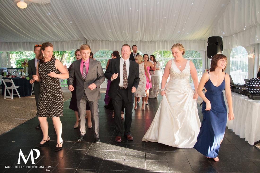 the-lakes-golf-country-club-westerville-ohio-wedding-reception-photos-muschlitz-photography